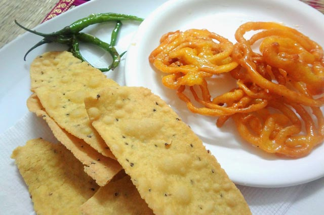 Popular Gujarati Food