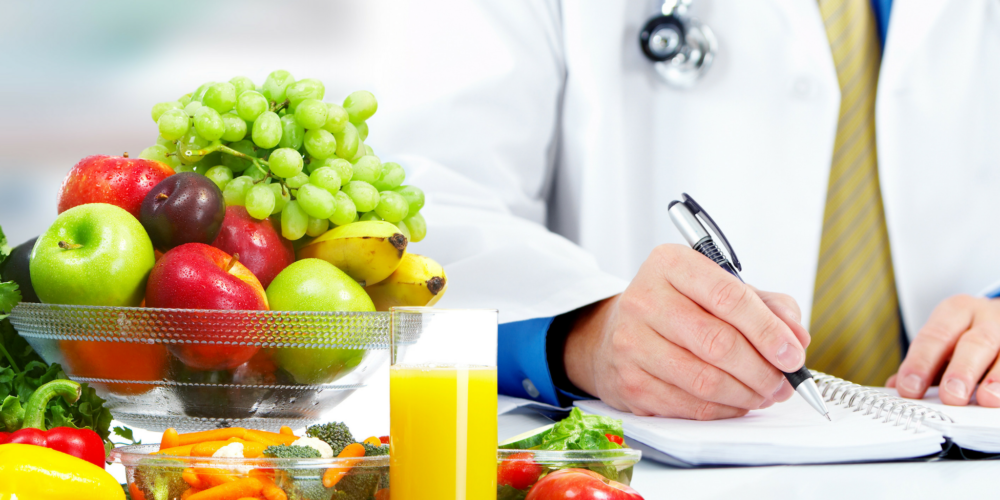 Why to visit a nutritionist?